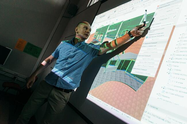 Андрей Лебедев, преподаватель курса